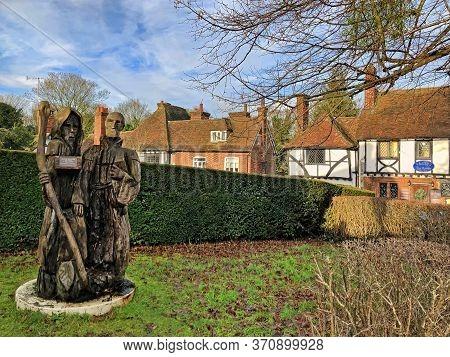 Chilham, Kent, Uk - December 22, 2019:  Pilgrim Milestone Sculpture By Steven Andrews, Donated To Th