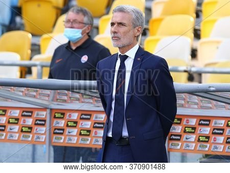 Kyiv, Ukraine - June 6, 2020: Luis Castro, Head Coach Of Shakhtar Donetsk, Looks On During The Ukrai