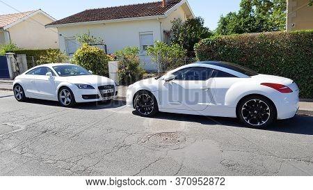 Bordeaux , Aquitaine / France - 06 06 2020 : Audi Tt And Peugeot Rcz Coupe White Design Sport Car Pa