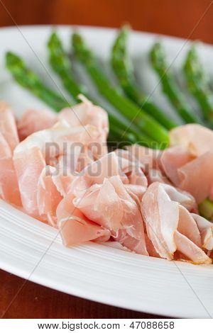 Prosciutto And Asparagus