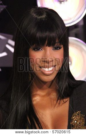 Kelly Rowland at the 2011 MTV Video Music Awards Arrivals, Nokia Theatre LA Live, Los Angeles, CA 08-28-11