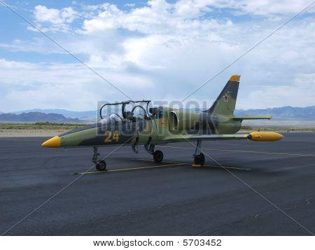 L-9 Albatross