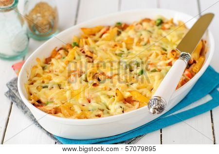 Macaroni, Pumpkin, Chicken And Cheese Pasta Bake