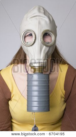 model with the Gas Mask