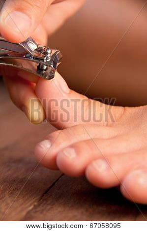 Cutting your toenails