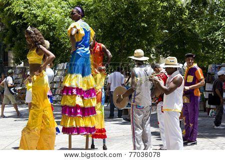 Cuban Girls Dance On Stilts