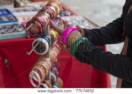 Bangles try on