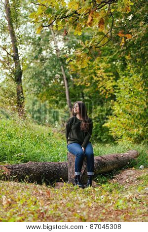 girl in the autumn wood