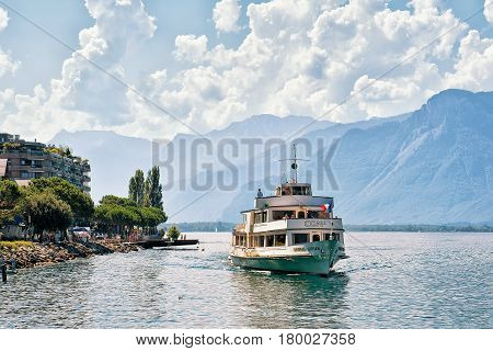 Excursion Ferry With People At Geneva Lake In Montreux