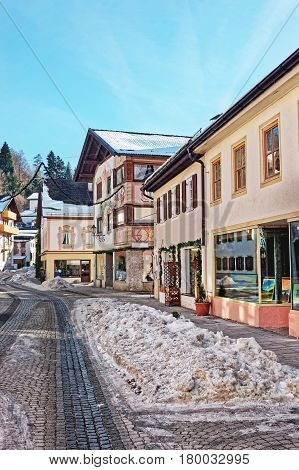 Street At Bavarian Style Decorated For Christmas Garmisch Partenkirchen