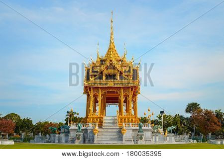 Barom Mangalanusarani Pavillian In The Area Of Ananta Samakhom Throne Hall In Royal Dusit Palace In