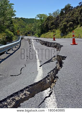 Massive Road Cracks appeared in The Hunderlee Hills on Highway One North Canterbury after the 2016 7.8 Kaikoura Earthquake in New Zealand.