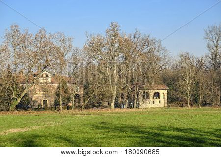 Monza (Brianza Lombardy Italy): old farmstead of Mulini Asciutti into the Park in december