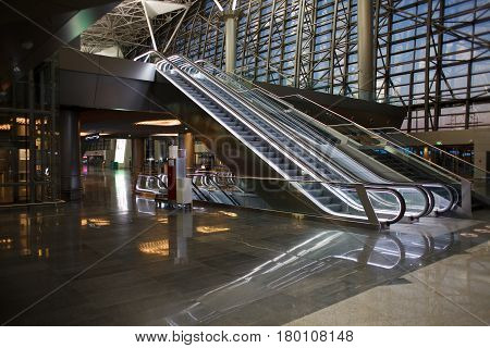 Escalator with no people in an empty airport
