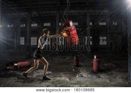 Women ultimate fighting . Mixed media . Mixed media