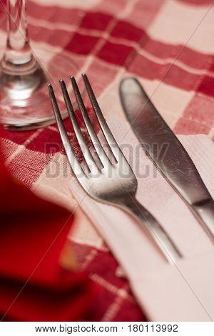Metal Fork Setup Tavern Table