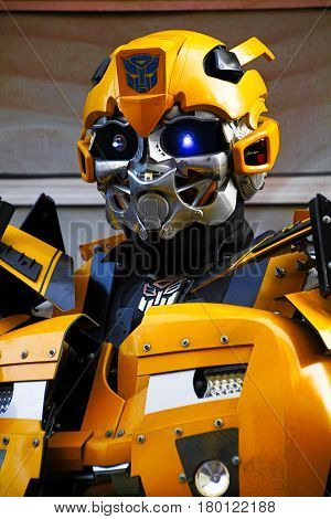 HOLLYWOOD,LOSANGELES , US - OCT 28, 2013: Unidentified man in Bumblebee robot costume performs