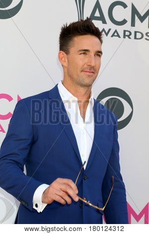 LAS VEGAS - APR 2:  Jake Owen at the Academy of Country Music Awards 2017 at T-Mobile Arena on April 2, 2017 in Las Vegas, NV