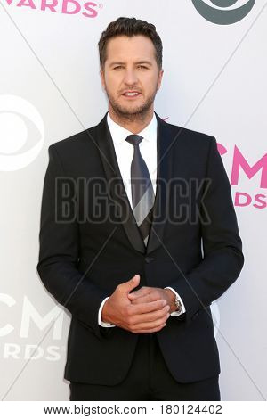 LAS VEGAS - APR 2:  Luke Bryan at the Academy of Country Music Awards 2017 at T-Mobile Arena on April 2, 2017 in Las Vegas, NV