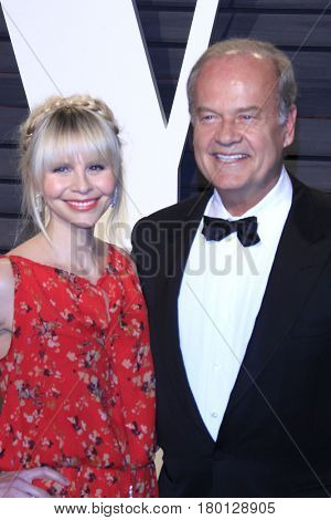 LOS ANGELES - FEB 26:  Kayte Walsh, Kelsey Grammer at the 2017 Vanity Fair Oscar Party  at the Wallis Annenberg Center on February 26, 2017 in Beverly Hills, CA