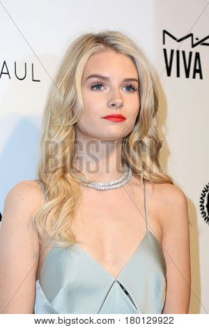 LOS ANGELES - FEB 26:  Charlotte Moss, Lottie Moss at the Elton John Oscar Viewing Party 2017 at the City of West Hollywood Park on February 26, 2017 in West Hollywood, CA