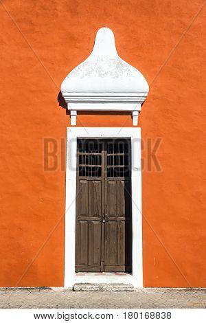 Orange Colonial Building In Valladolid