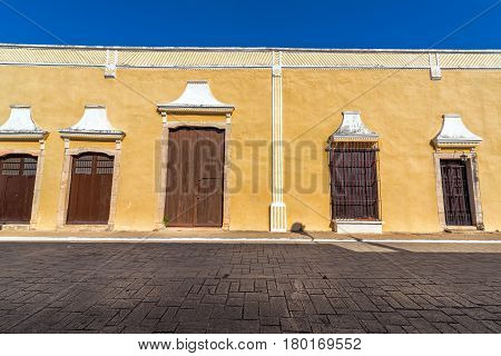 Yellow Colonial Building In Valladolid