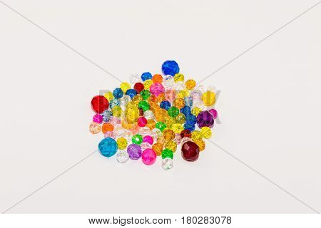 various sizes and colors of loose beads