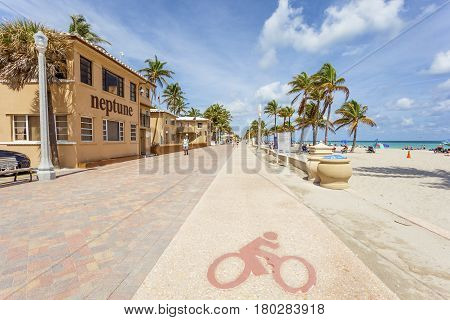 Hollywood Beach Fl USA - March 13 2017: Bikeway at the Hollywood Beach Broad Walk on a sunny day in March. Florida United States