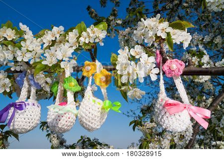 beautiful knitted small baskets for Easter outdoor