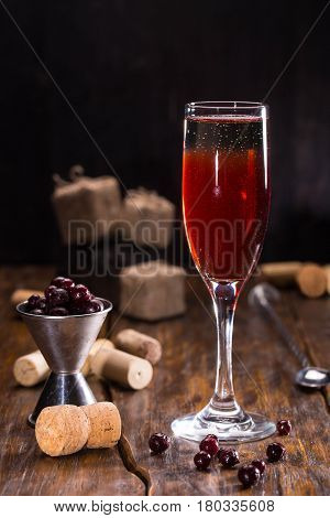 Cyrus Royal. Sparkling wine, liqueur and blackcurrant