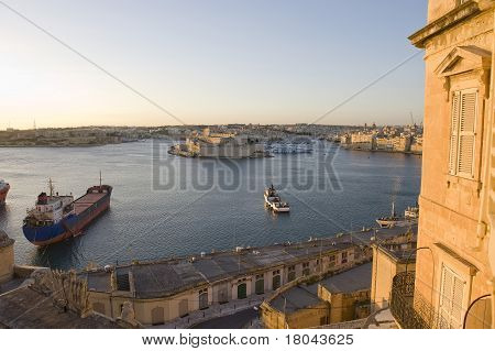 wiew on Malta historic harbor