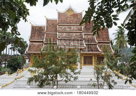Wat Mai Suwannaphumaham Buddhist Temple In Luang Prabang On Laos