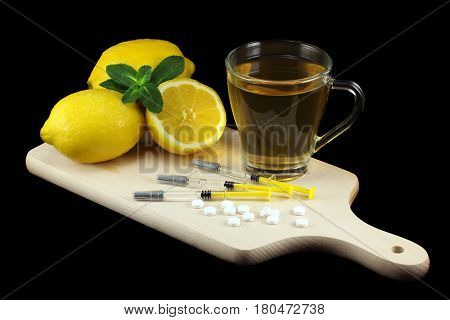 Influenza treatment with vitamins, tea and vaccines