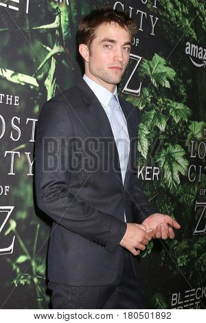 LOS ANGELES - APR 5:  Robert Pattinson at the