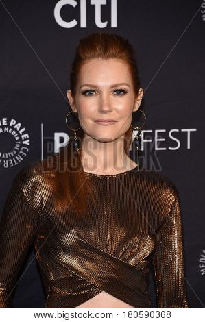 LOS ANGELES - MAR 26:  Darby Stanchfield arrives for the PaleyFest LA 2017-Scandal on March 26, 2017 in Hollywood, CA