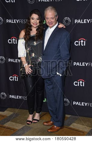 LOS ANGELES - MAR 26:  Jeff Perry and Leah Perry arrives for the PaleyFest LA 2017-Scandal on March 26, 2017 in Hollywood, CA