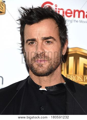 LOS ANGELES - MAR 29:  Justin Theroux arrives for the CinemaCon 2017-Warner Brothers on March 29, 2017 in Las Vegas, NV