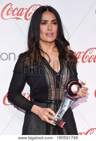 LOS ANGELES - MAR 30:  Salma Hayek arrives for the CinemaCon 2017-Awards Presentation on March 30, 2017 in Las Vegas, NV