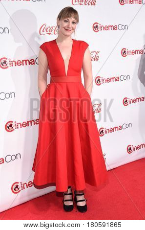 LOS ANGELES - MAR 30:  Emily Gordon arrives for the CinemaCon 2017-Awards Presentation on March 30, 2017 in Las Vegas, NV