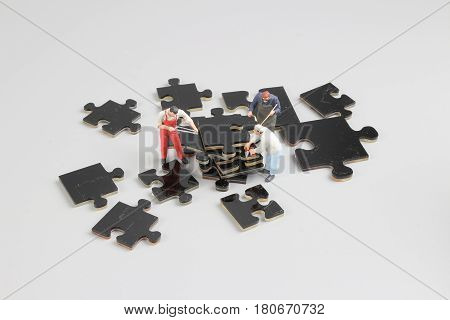 Mini Tiny Builders At Puzzle Construction Site