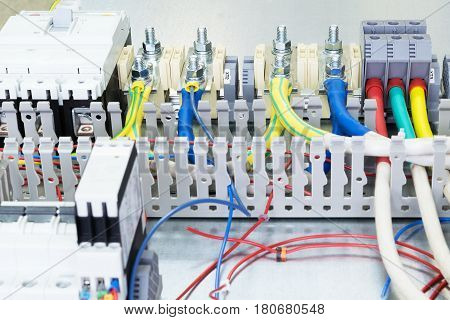 Electrical Terminals And Circuit Breakers
