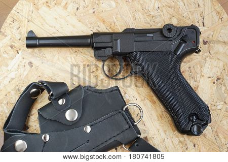 The copy of the German gun Automatic pistol for pneumatic firing