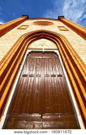 Lombardy   The Villa Cortese   Old   Church  Closed Brick