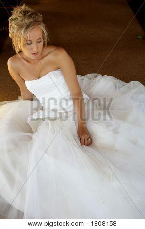 Hochzeit Braut sitzend