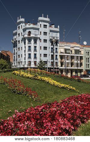 Valladolid (Castilla y Leon Spain): historic buildings and gardens