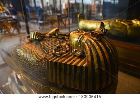 CAIRO, EGYPT - 07 JANUARY 2016: The wide-angle view of the interior of the Egyptian Museum in Cairo