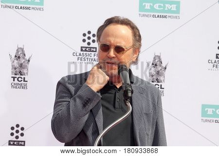 LOS ANGELES - APR 7:  Billy Crystal at the Carl and Rob Reiner Hand and Footprint Ceremony at the TCL Chinese Theater IMAX on April 7, 2017 in Los Angeles, CA