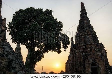 Wat Chaiwatthanaram Chedi