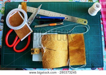 Diy Handmade Leather Craft Tools And Equipment For Made Handcrafted Genuine Leather Handmade Leather